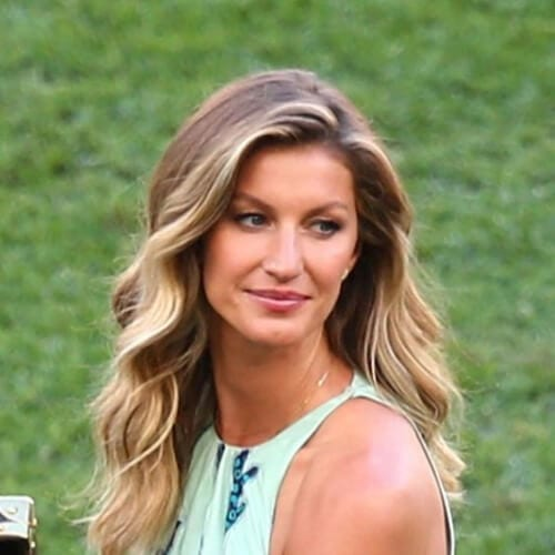Gisele Bündchen brown hair with blonde highlights