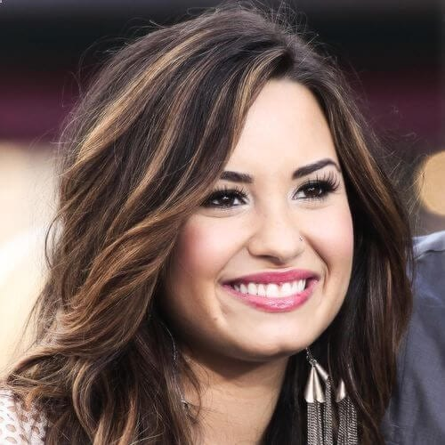 demi lovato brown hair with blonde highlights