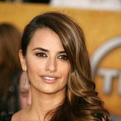 penelope cruz brown hair with blonde highlights