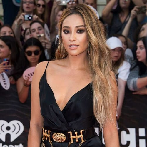 Shay Mitchell blonde hairstyles