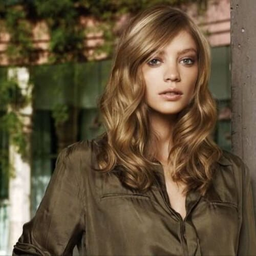 honey brown medium length haircuts for thick hair