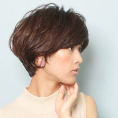 chestnut stacked bob haircut