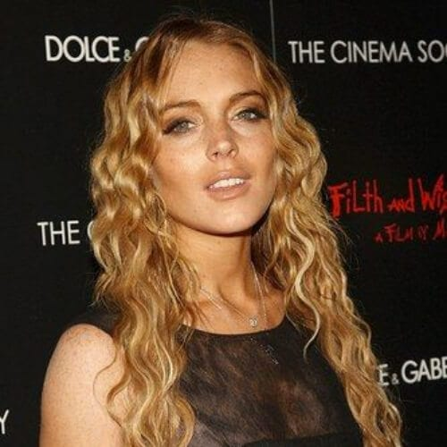 Lindsay Lohan does mermaid chic curly hairstyles