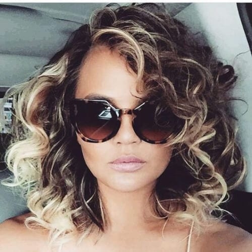 chrissy teigen curly hairstyles