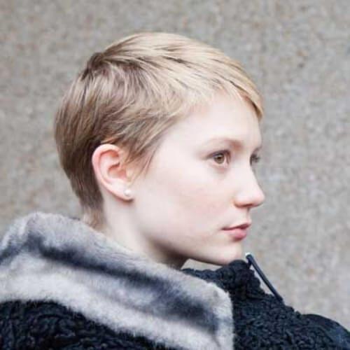 mia wasikowska pixie haircut