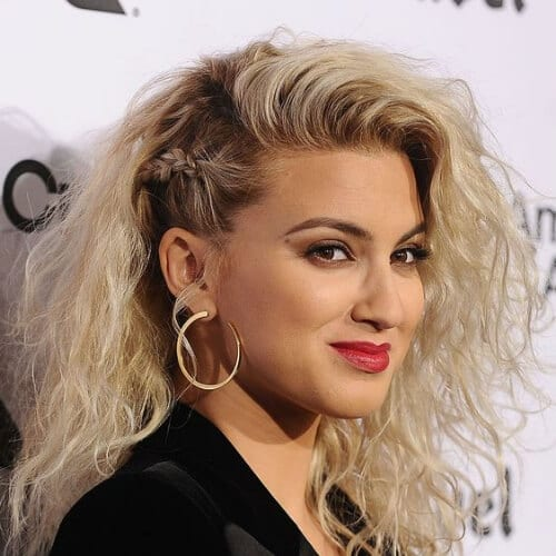 tori kelly curly hairstyles
