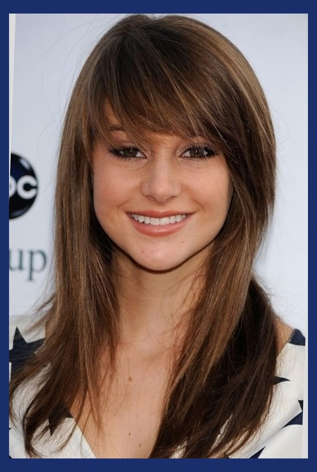 big swoop bangs  Best Style for
